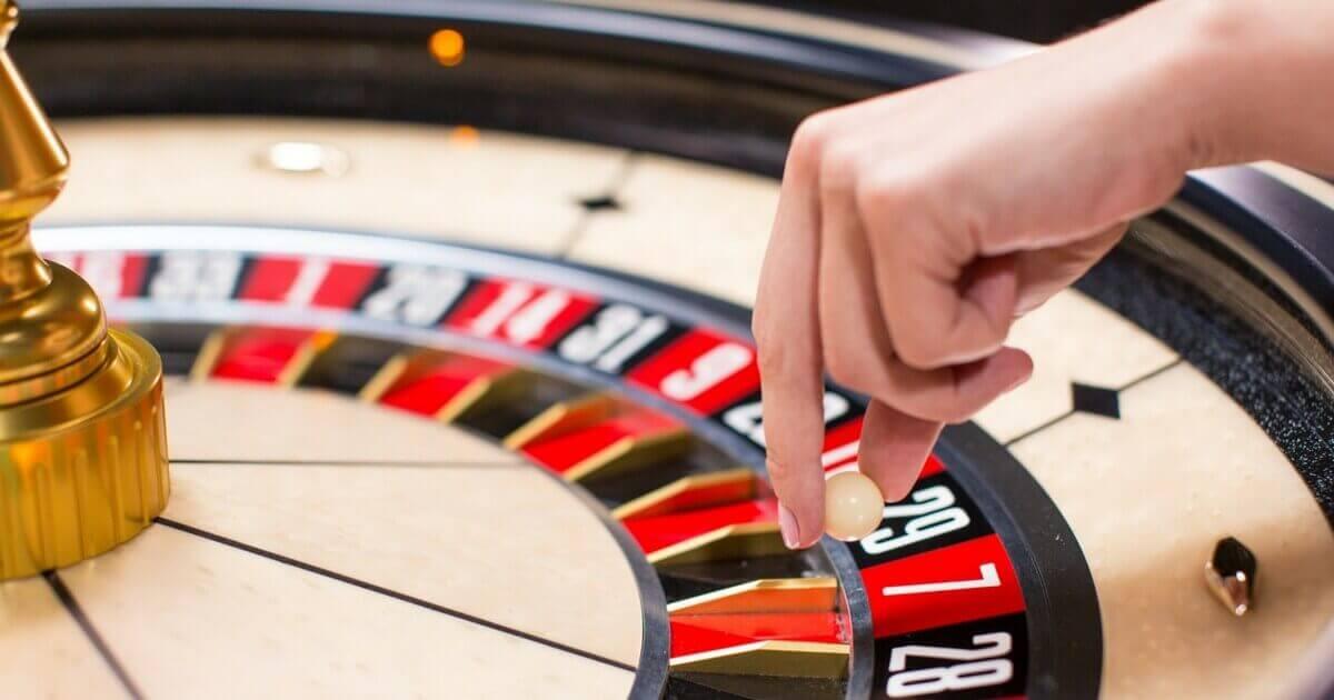 Lær reglerne for at spille live roulette