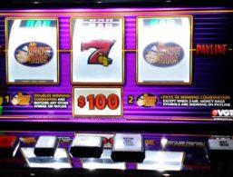 Hvilken spillemaskine har udbetalt flest penge ved casumo i 2020?